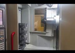 CNC-Bearbeitungszentrum Quaser HX 404 - Werkzeugwechsel